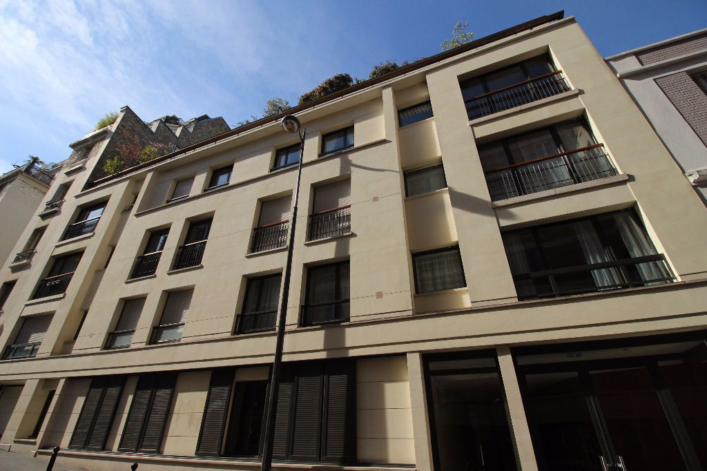Appartement à louer 2 29.07m2 à Paris 15 vignette-9