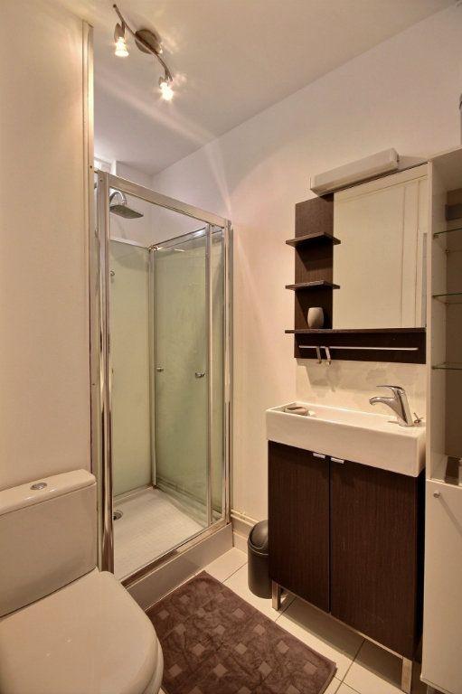 Appartement à louer 1 17m2 à Gentilly vignette-5