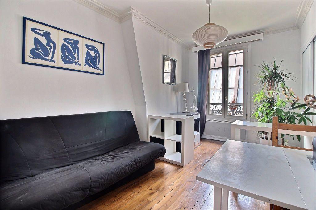 Appartement à louer 2 31.46m2 à Paris 14 vignette-2