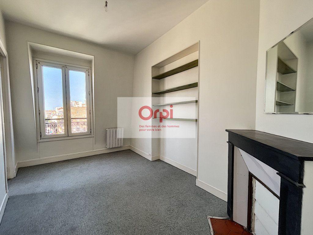 Appartement à louer 2 37.21m2 à Paris 14 vignette-1
