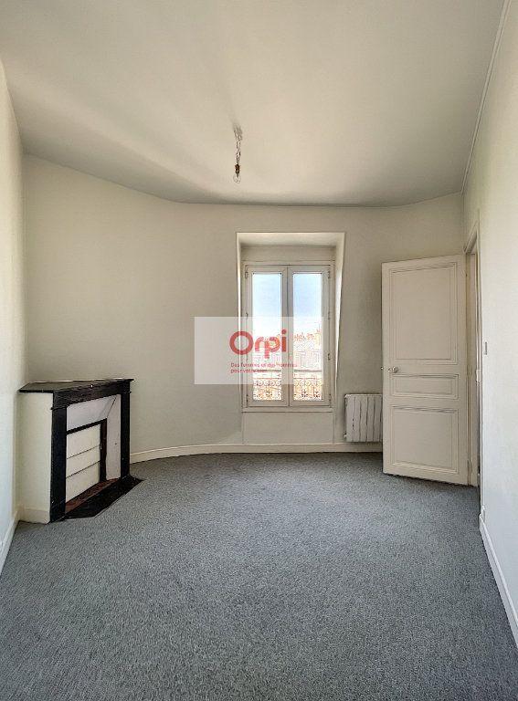 Appartement à louer 2 37.21m2 à Paris 14 vignette-3