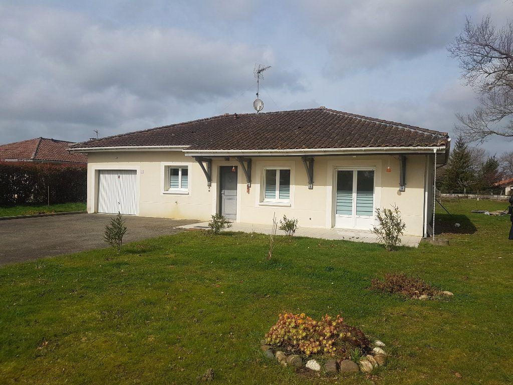 Maison à louer 4 90m2 à Aire-sur-l'Adour vignette-1