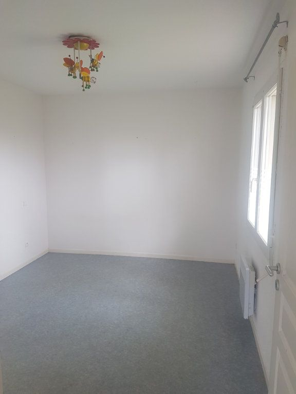 Maison à louer 4 90m2 à Aire-sur-l'Adour vignette-4