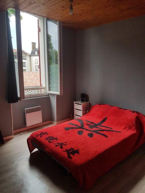 Appartement à louer 3 50m2 à Aire-sur-l'Adour vignette-5