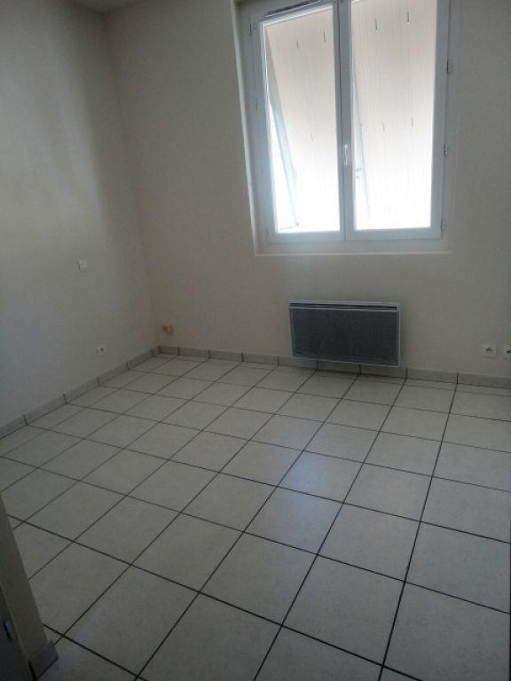 Appartement à louer 2 35m2 à Garlin vignette-4
