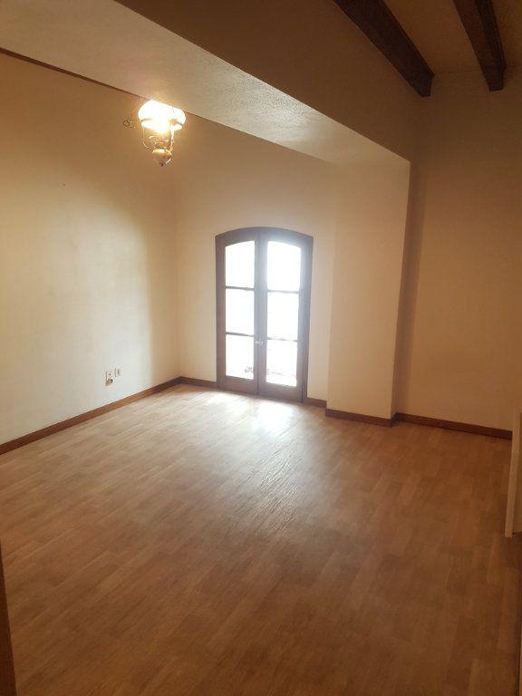 Appartement à louer 2 31m2 à Aire-sur-l'Adour vignette-1