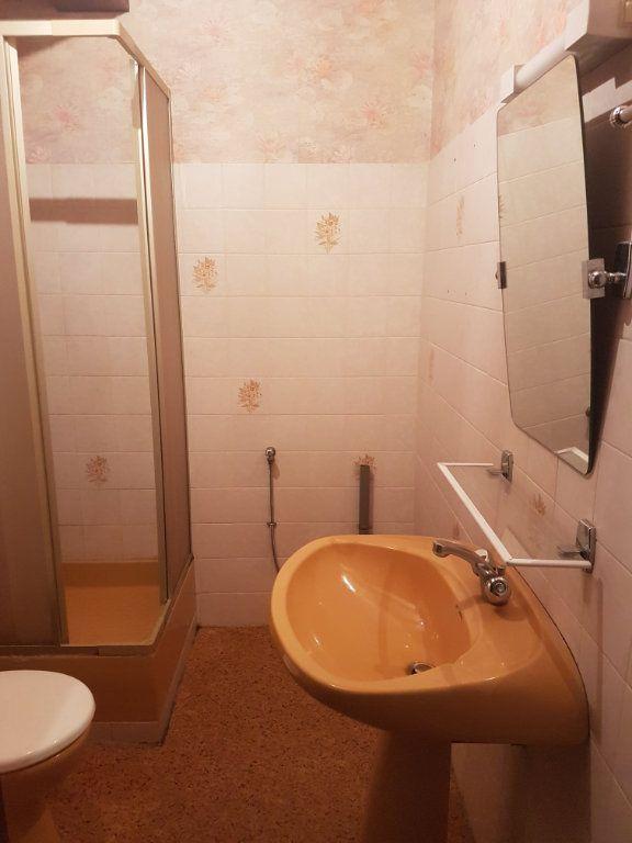 Appartement à louer 2 31m2 à Aire-sur-l'Adour vignette-3