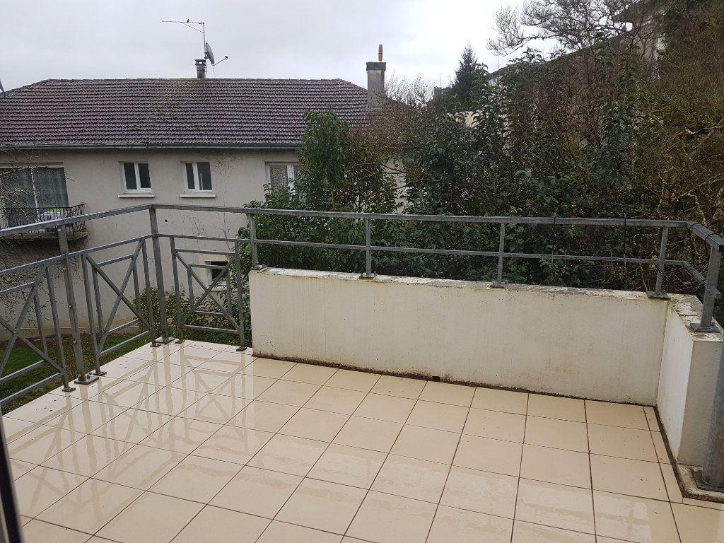 Appartement à louer 3 66m2 à Aire-sur-l'Adour vignette-6