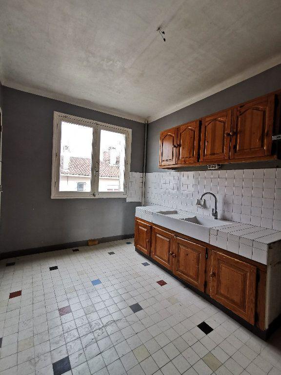 Appartement à vendre 3 82m2 à Aire-sur-l'Adour vignette-3