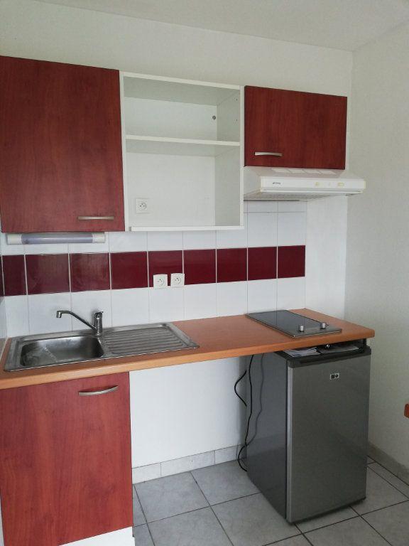 Appartement à louer 2 35m2 à Aire-sur-l'Adour vignette-1