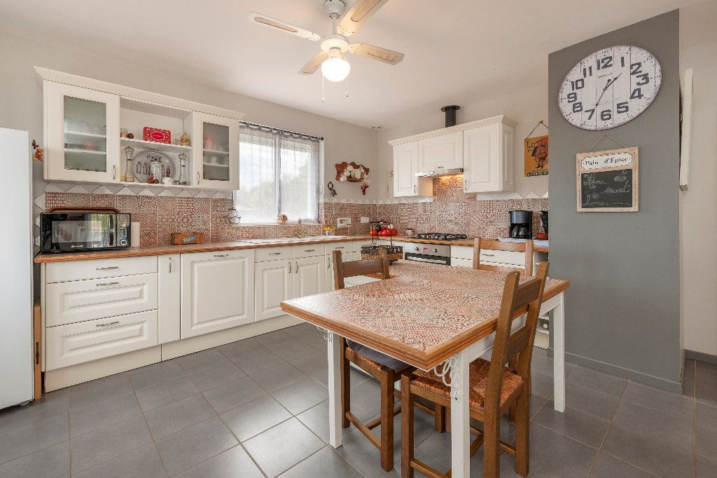 Maison à vendre 5 150m2 à Cazères-sur-l'Adour vignette-2