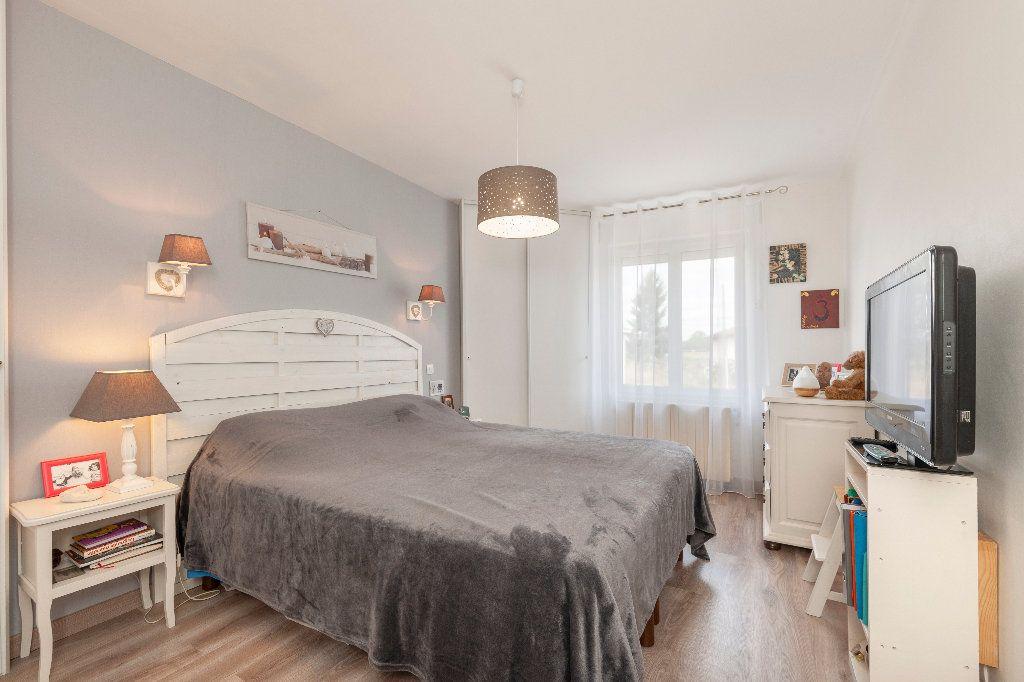 Maison à vendre 5 150m2 à Cazères-sur-l'Adour vignette-4