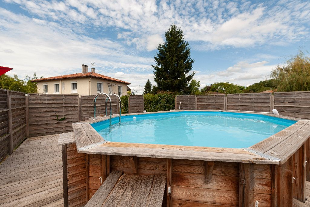 Maison à vendre 5 150m2 à Cazères-sur-l'Adour vignette-5