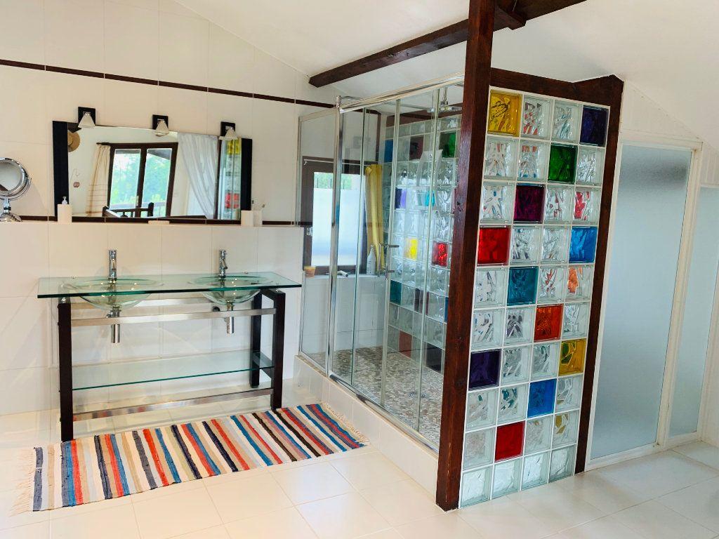 Maison à vendre 8 237m2 à Renung vignette-9