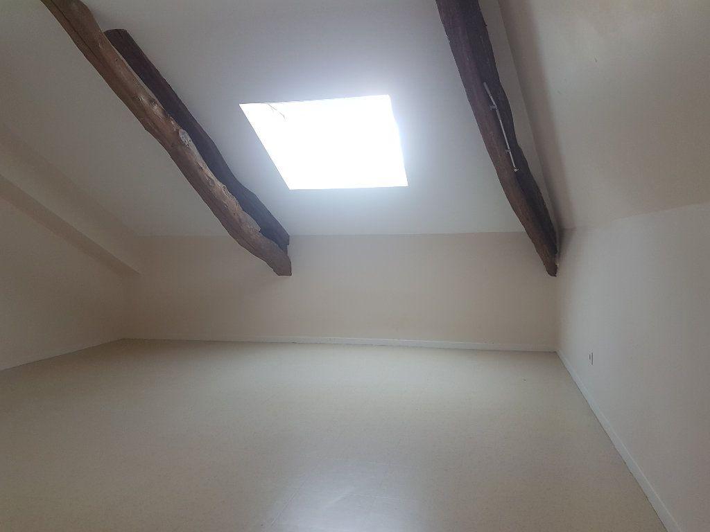 Appartement à louer 2 52.33m2 à Aire-sur-l'Adour vignette-2