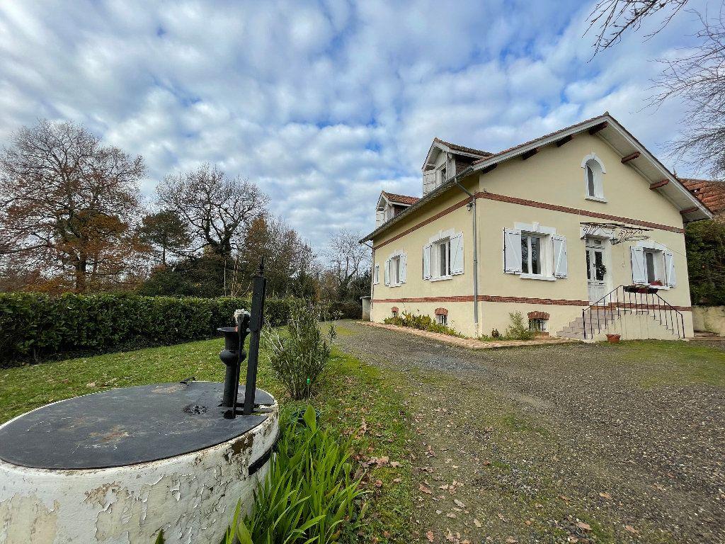 Maison à vendre 5 127m2 à Riscle vignette-1