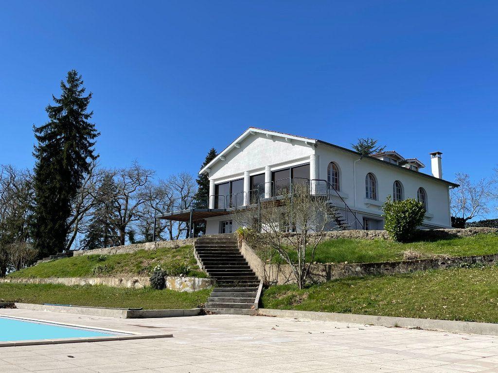 Maison à vendre 8 324m2 à Aire-sur-l'Adour vignette-1