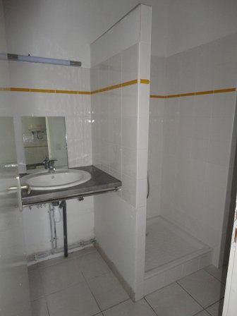Appartement à louer 2 32m2 à Garlin vignette-5