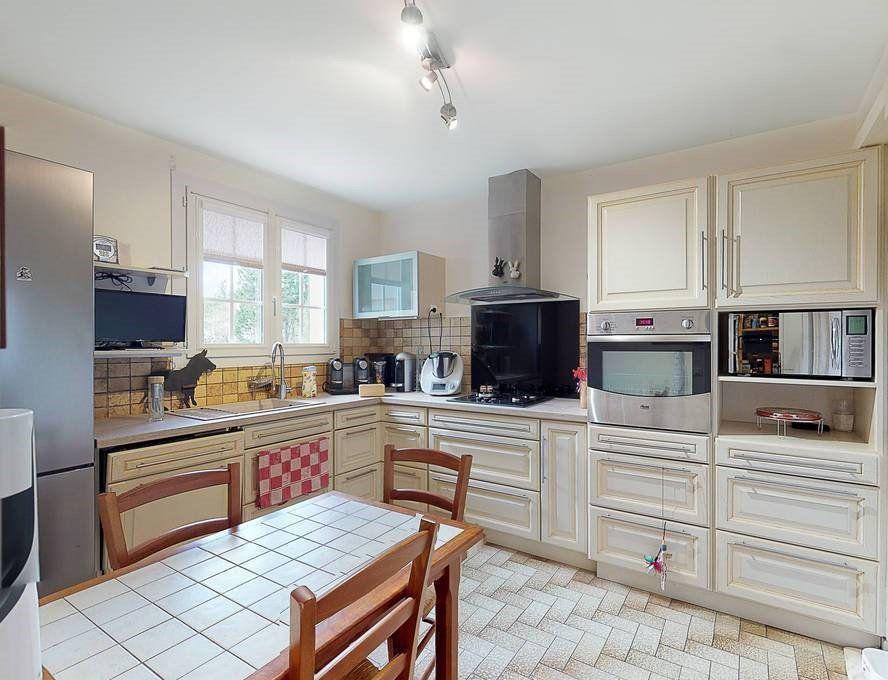 Maison à vendre 4 124m2 à Barcelonne-du-Gers vignette-4
