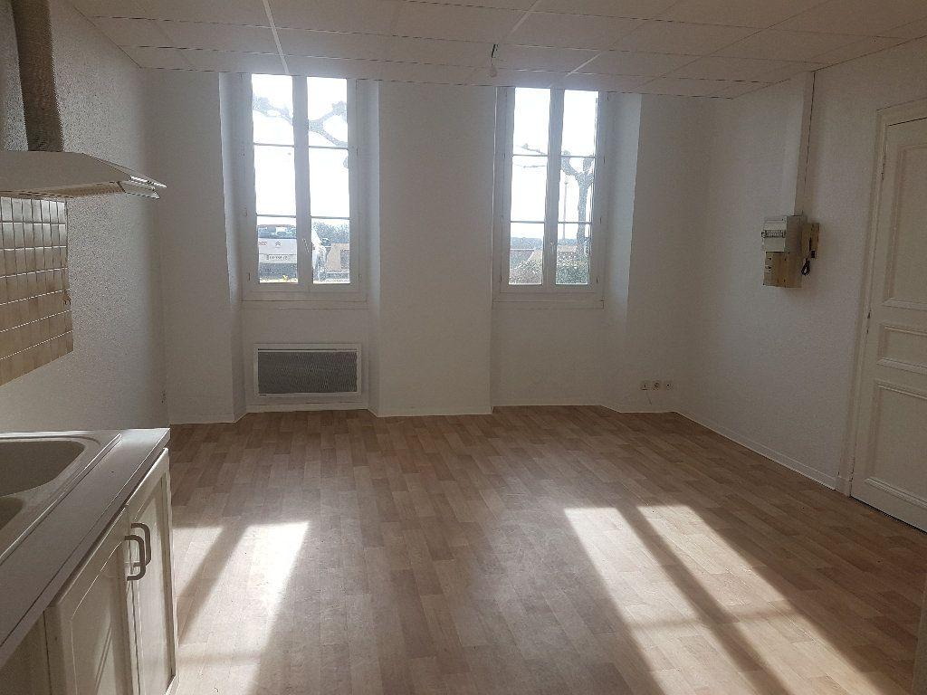 Appartement à louer 2 44m2 à Le Houga vignette-2