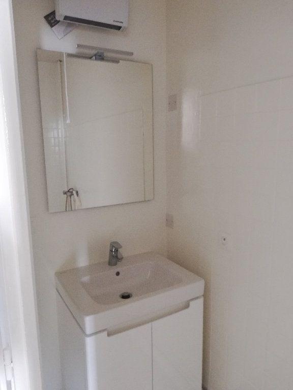 Appartement à louer 2 44m2 à Le Houga vignette-4