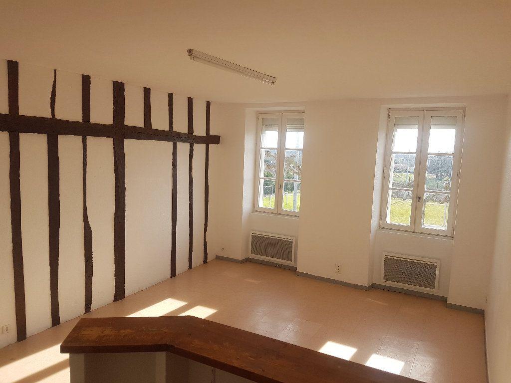 Appartement à louer 4 75m2 à Le Houga vignette-1