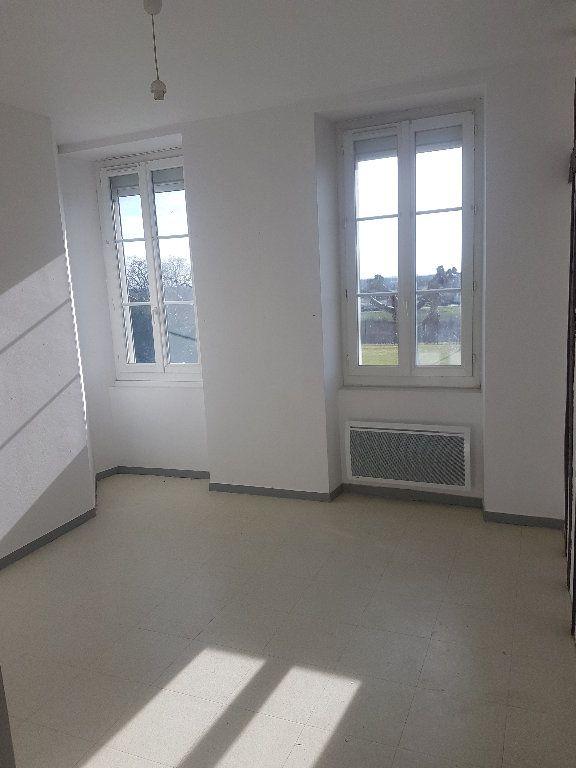 Appartement à louer 4 75m2 à Le Houga vignette-2