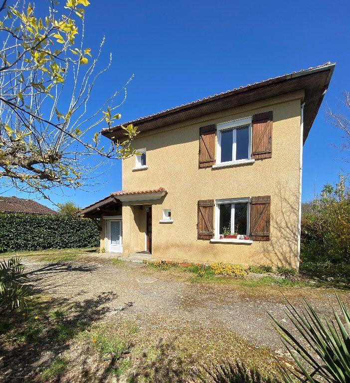 Maison à vendre 4 111m2 à Barcelonne-du-Gers vignette-1