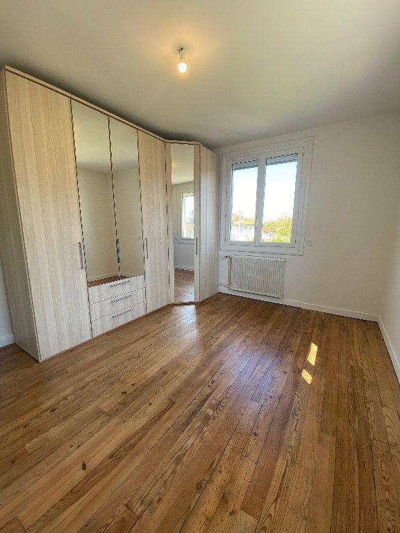 Maison à vendre 4 111m2 à Barcelonne-du-Gers vignette-4