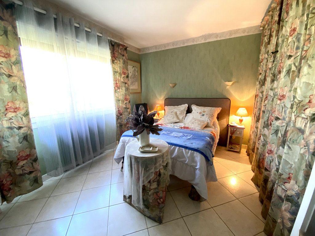 Maison à vendre 5 115m2 à Saint-Cricq-Villeneuve vignette-5