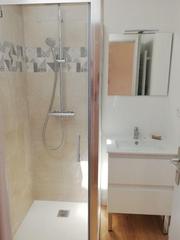 Appartement à louer 2 37m2 à Aire-sur-l'Adour vignette-2