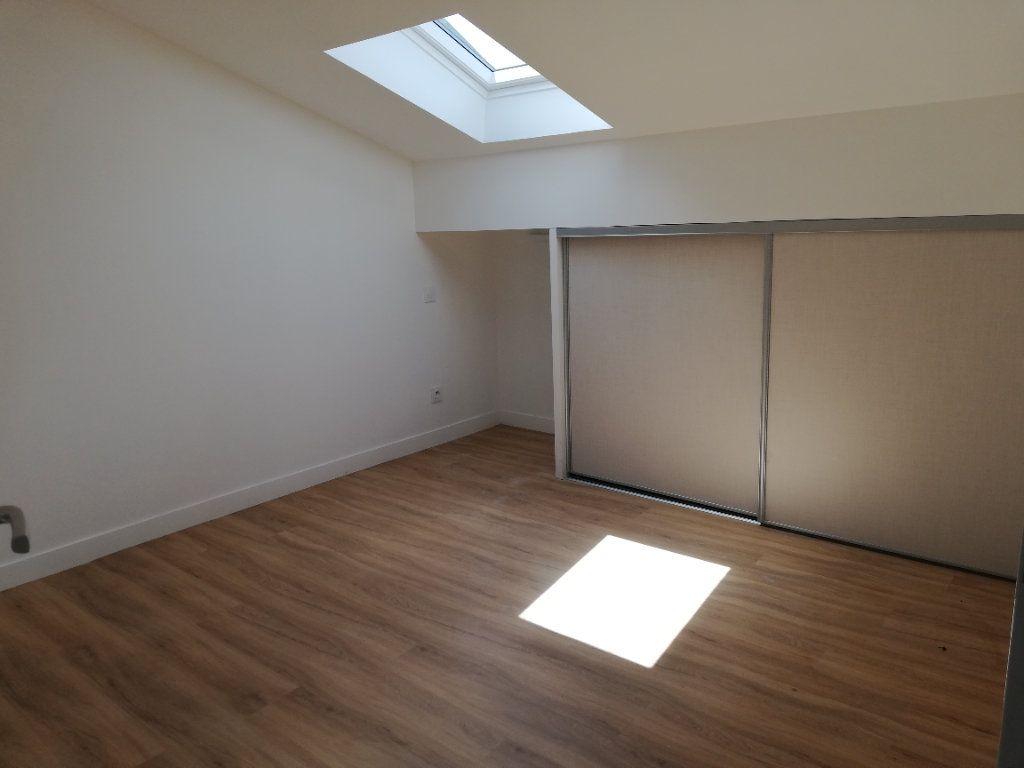 Appartement à louer 2 38m2 à Aire-sur-l'Adour vignette-2
