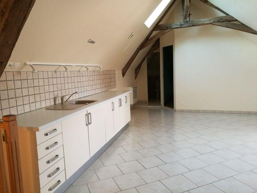 Appartement à louer 2 54.61m2 à Saint-Florent vignette-1
