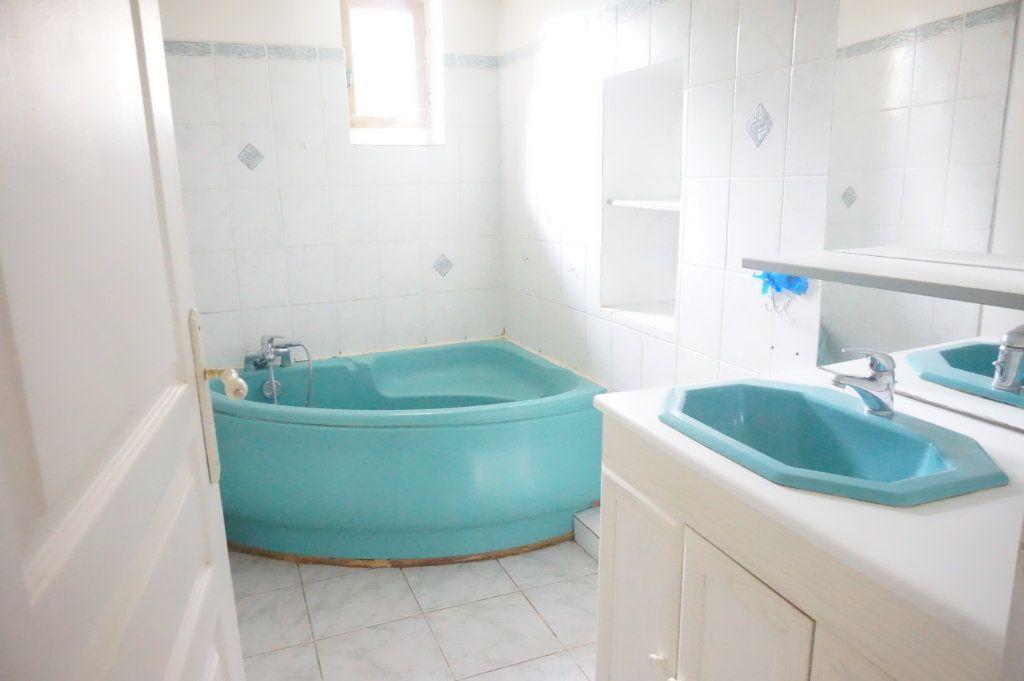 Maison à vendre 5 123m2 à Sully-sur-Loire vignette-5