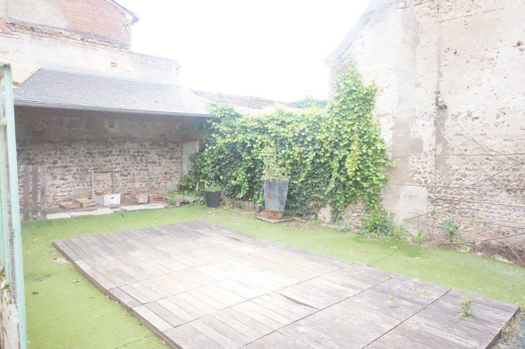 Maison à vendre 5 123m2 à Sully-sur-Loire vignette-8