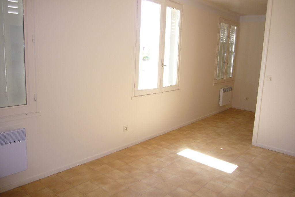 Appartement à louer 3 69m2 à Sully-sur-Loire vignette-1