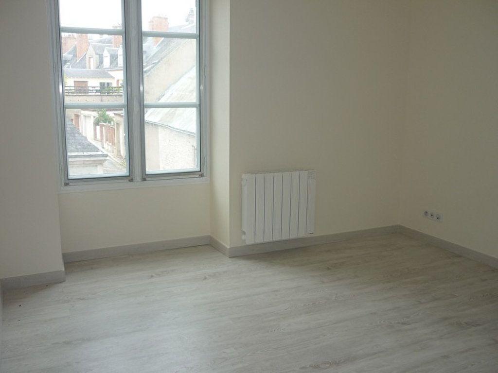 Appartement à louer 3 60m2 à Sully-sur-Loire vignette-2