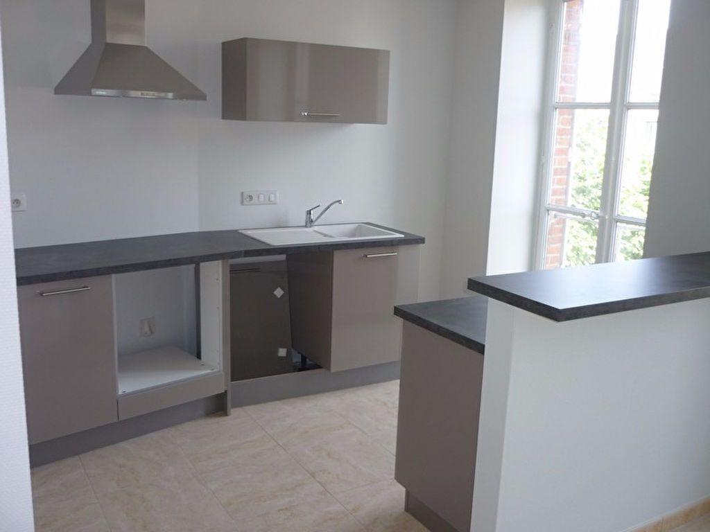 Appartement à louer 3 60m2 à Sully-sur-Loire vignette-4