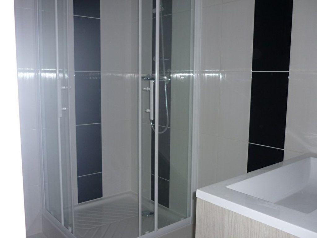 Appartement à louer 3 60m2 à Sully-sur-Loire vignette-6