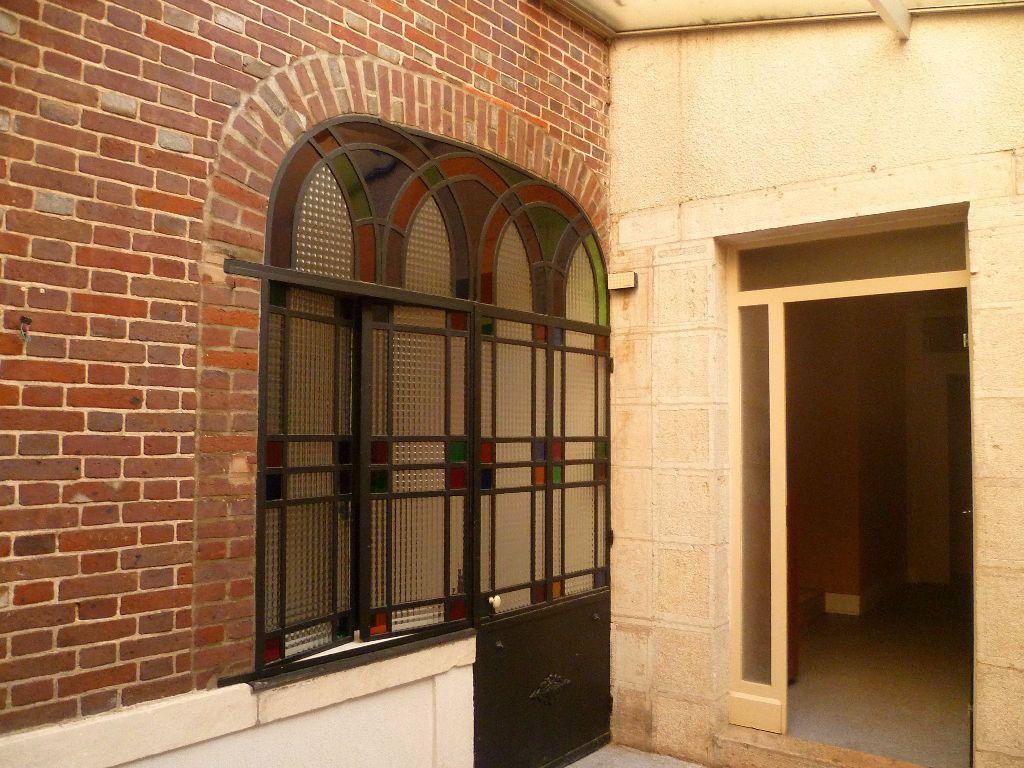 Maison à vendre 12 220m2 à Châtillon-Coligny vignette-8