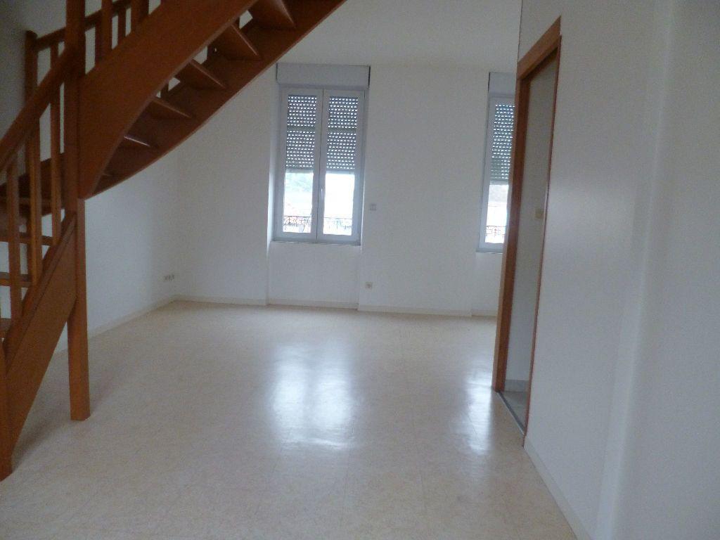 Appartement à louer 2 47m2 à Sully-sur-Loire vignette-2