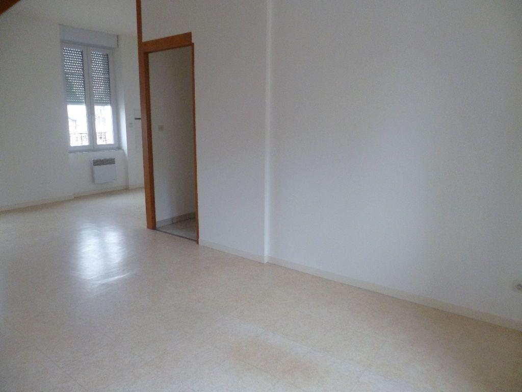 Appartement à louer 2 47m2 à Sully-sur-Loire vignette-3