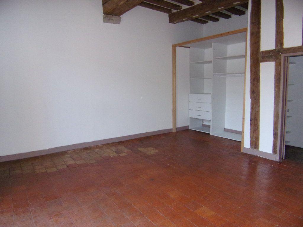 Maison à louer 4 130.2m2 à Châtillon-Coligny vignette-11