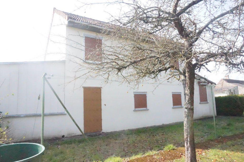 Maison à vendre 6 88m2 à Châtillon-Coligny vignette-1