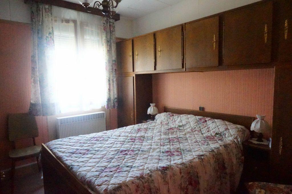 Maison à vendre 6 88m2 à Châtillon-Coligny vignette-4