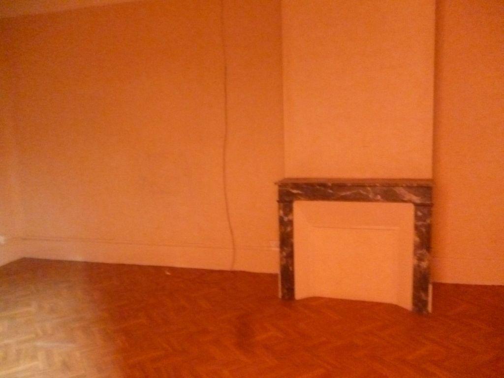 Maison à vendre 3 80.55m2 à Lorris vignette-4
