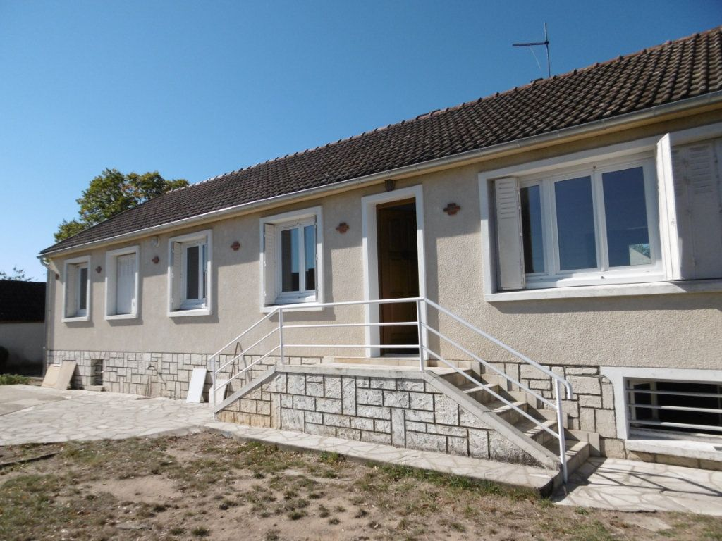 Maison à louer 5 86.58m2 à Bray-en-Val vignette-1