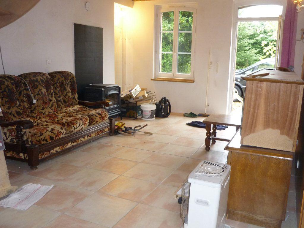 Maison à vendre 3 56m2 à Varennes-Changy vignette-2