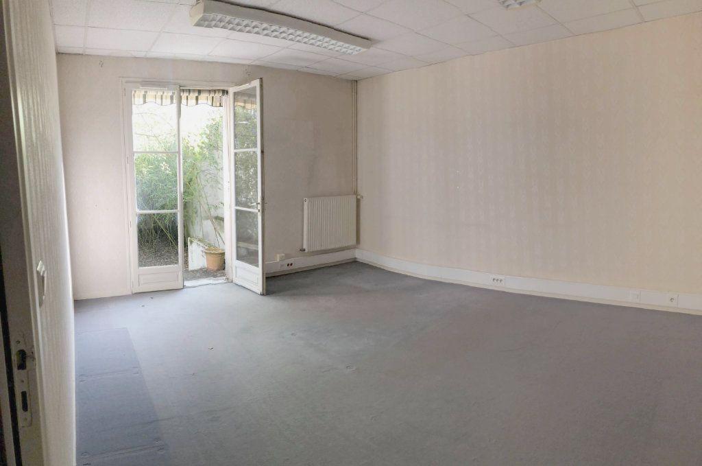 Maison à vendre 8 206m2 à Sully-sur-Loire vignette-3