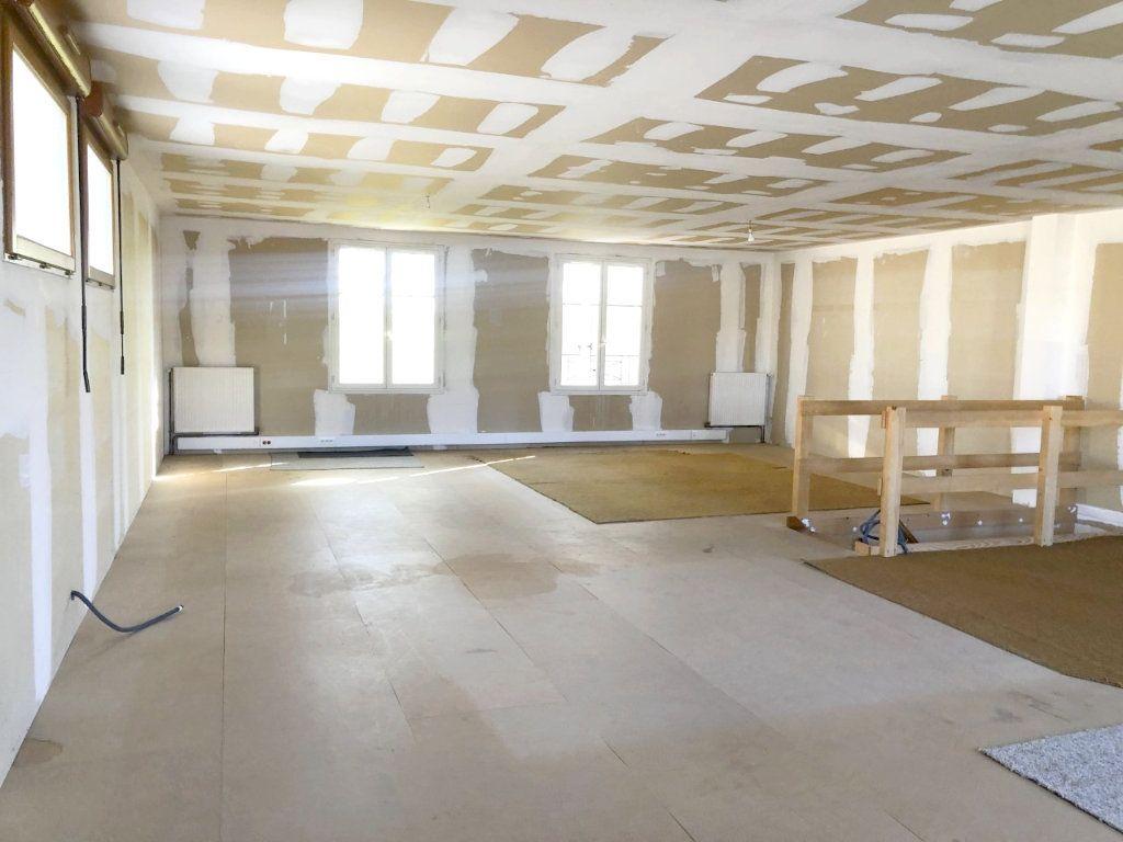 Maison à vendre 8 206m2 à Sully-sur-Loire vignette-11